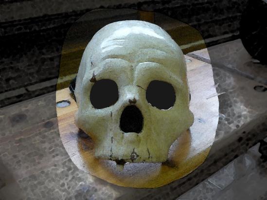 Commedia Dell'Arte-Maske von einem Totenschädel, mit Filter bearbeitet